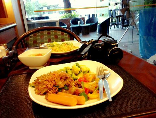 Chiang Mai Gate Hotel: C360_2015-11-25-06-44-54-189_large.jpg