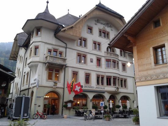 Saanen, Ελβετία: Frente del hotel