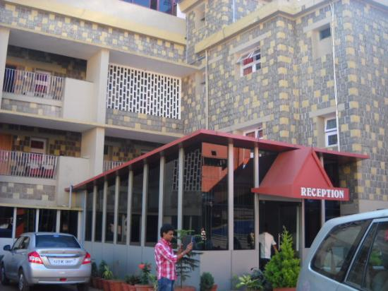 Hotel Caveri: reception