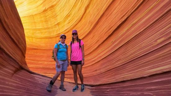 Vermilion Cliffs National Monument : Spectacular Color at high noon