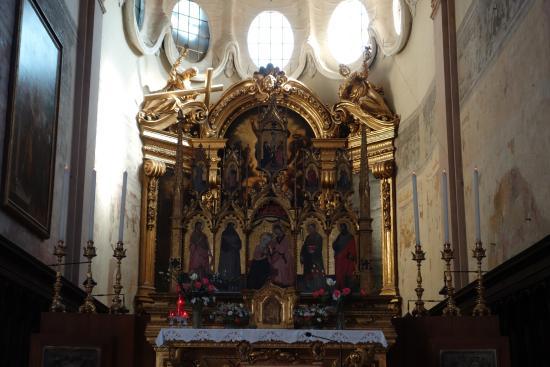 https://media-cdn.tripadvisor.com/media/photo-s/09/9f/05/38/chiesa-di-san-giacomo.jpg