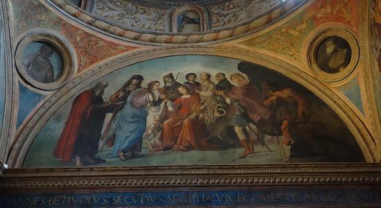 https://media-cdn.tripadvisor.com/media/photo-s/09/9f/06/11/chiesa-di-san-giacomo.jpg