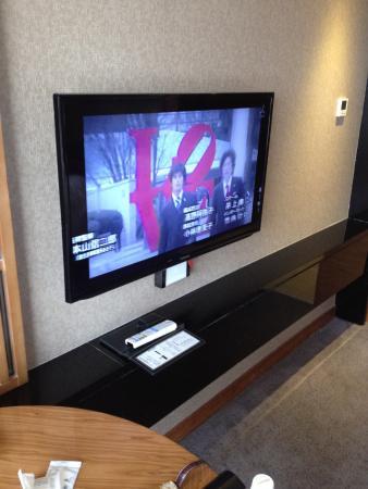 Minshan Hotel: NHK以外に日本の民放放送チャンネルが見れます