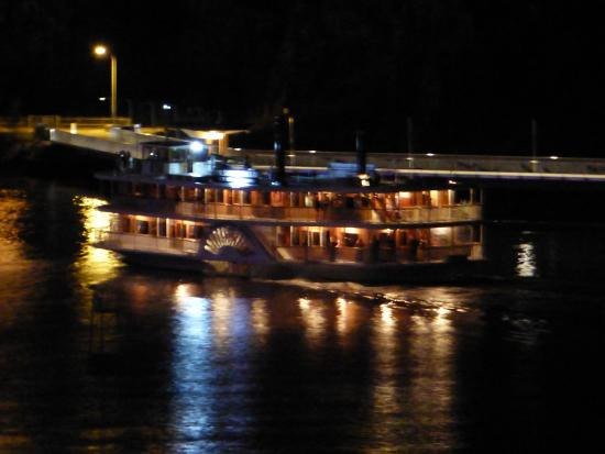 Bridgewater Terraces: Paddle steamer at night