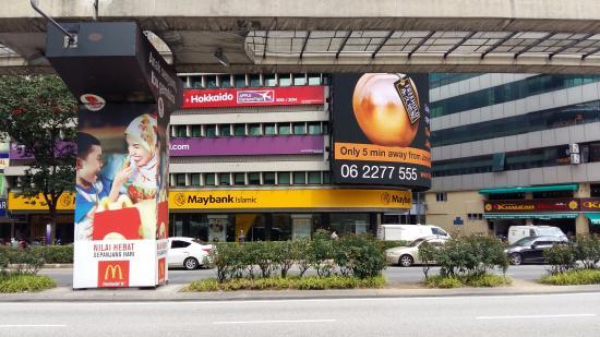 Di Belakang Tempat Ini Maybank Lokasi Le Apple Boutique Hotel