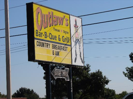 Photo of BBQ Joint Outlaws BBQ at 2334 S Belt Line Rd, Grand Prairie, TX 75051, United States
