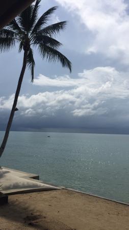 Samaya Bura: Aan het strand, ontbijt uitzicht