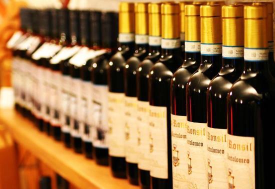Casa Ronsil Wine