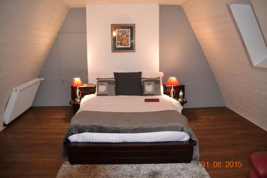 Castels, Francia: Notre chambre suite