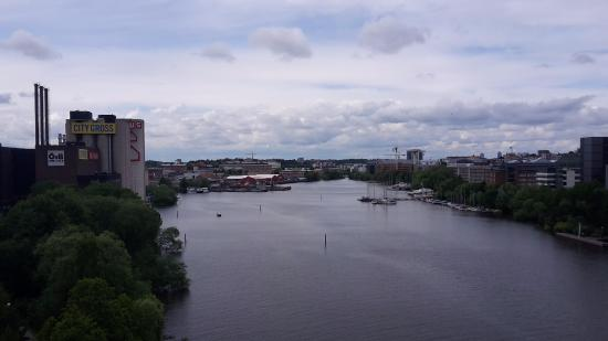 Mornington Hotel Stockholm Bromma: View from a bridge on the way from Solna subway station