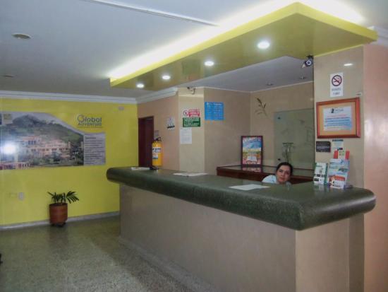 Hotel Embajador: Recepción