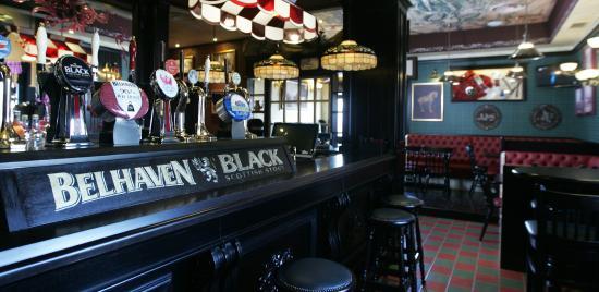 Tartan Scottish Pub