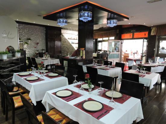 Comedor del restaurante: fotografía de Restaurante Molinet, Las ...