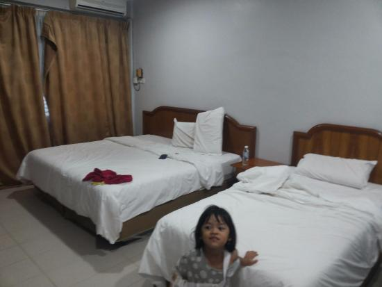 Sri Inai Inn : Room