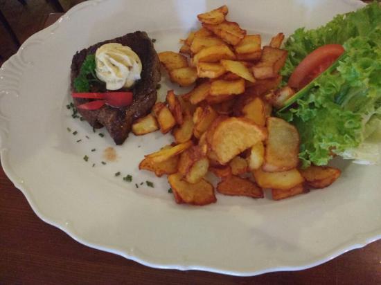 Svejk Restaurant Loket: IMG_20151127_133905831_large.jpg