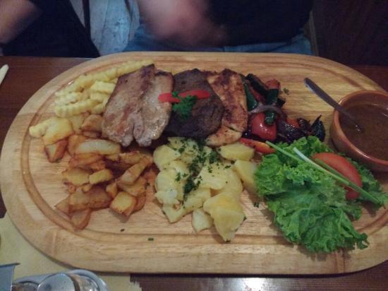 Svejk Restaurant Loket: IMG_20151127_133954017_large.jpg