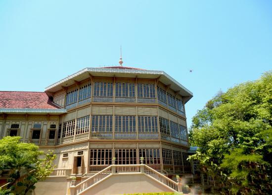 Abhisek Dusit Throne Hall: 5