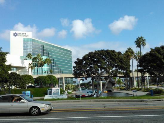 Santiago Ave Long Beach Ca