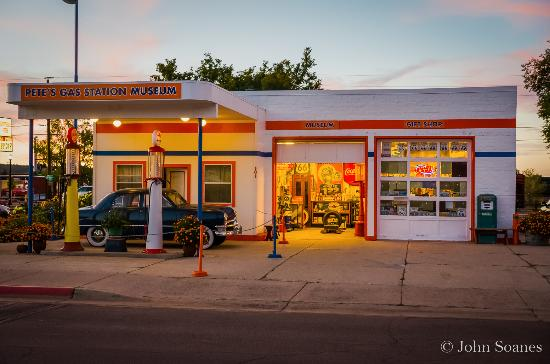 Old Rt 66 >> Pete's Rt 66 Gas Station Museum - Exterior - Picture of Pete's Rt 66 Gas Station Museum ...