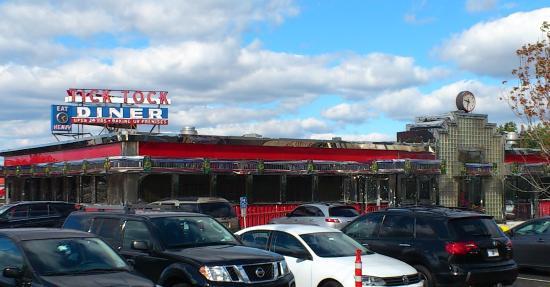 Tick Tock Diner: アメリカ的ダイナー