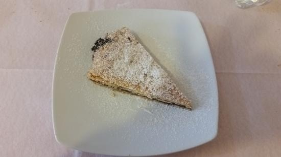 Sesta Godano, İtalya: Crostata con pere e cioccolata