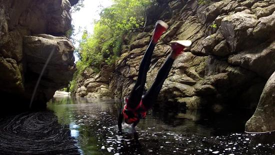 Paradise Adventures: Marthinus told us where we could dive into the water and where not to.