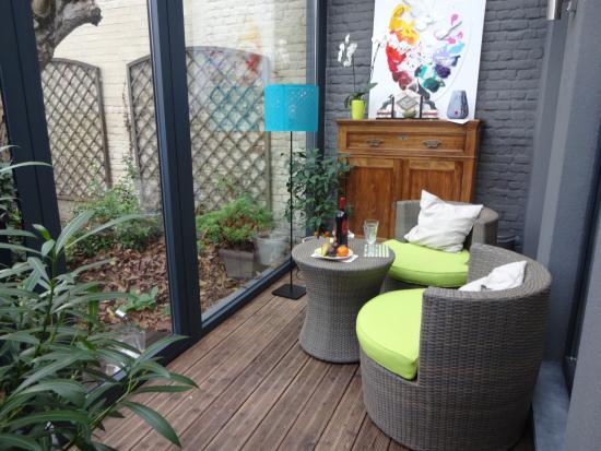 Garden in the City: Вид на садик с террасы