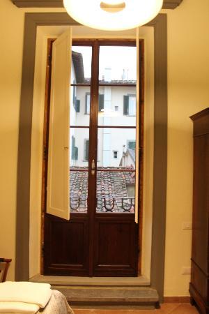 Window - Picture of Soggiorno Battistero, Florence - TripAdvisor
