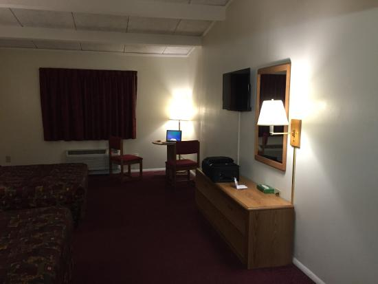 Room Picture Of Red Carpet Inn Syracuse Airport Salina