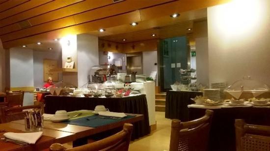 Hotel Mediolanum Milan: sala breakfast