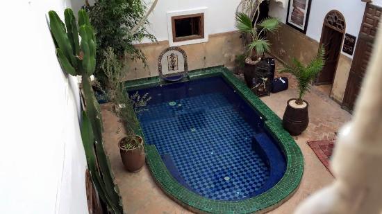 Riad Dar El Aila: Pool