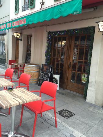 Cafe Du Cinema