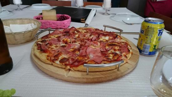 Caprichosa odisseia churrascaria e pizzaria