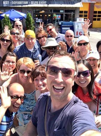 Foodies on Foot : Break out the selfie cam!