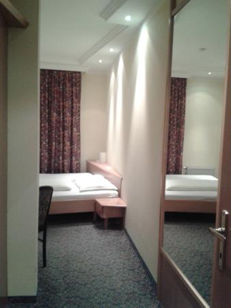 Hotel CenterCourt: Номер