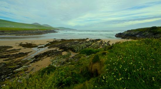 Ballinskelligs, Irlanda: Beach at the B&B