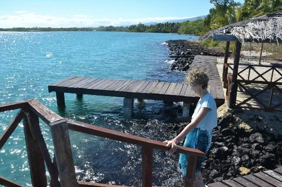 Asau, Samoa: Part of Jetty for swimming and great kayak area