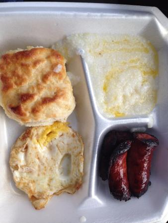 Louisville, MS: biscuit, grits, egg, link sausage