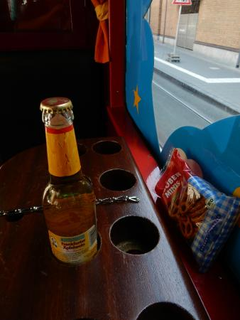 Ebbelwei Express: アップルワインとスナック