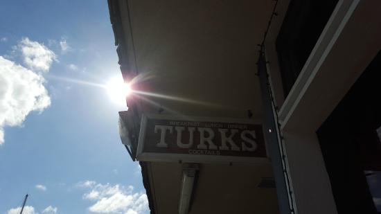 Turk's: Entrance