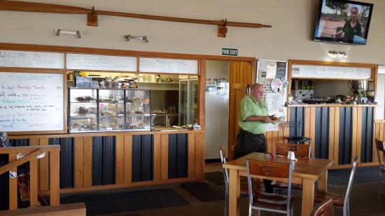 Fortrose, Selandia Baru: The Kitchen and servery