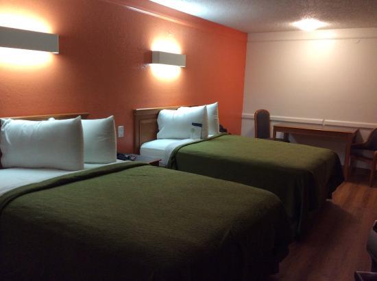 Motel 6 Dallas Euless Номер с двумя кроватями
