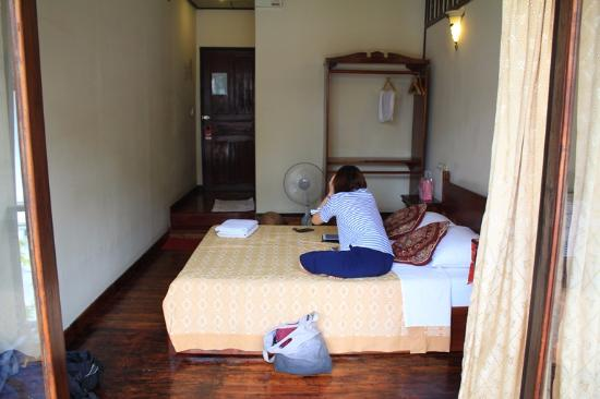 Phounsab Guesthouse: double bed room