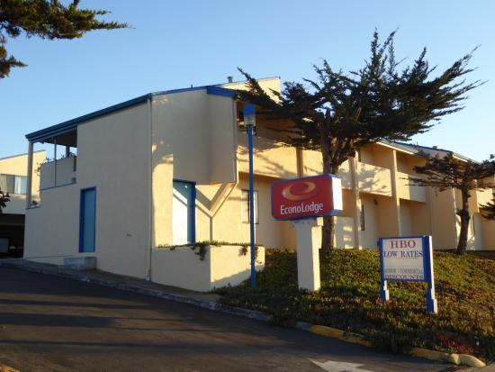 Econo Lodge Bay Breeze : 外観