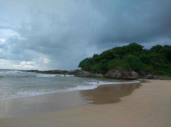 Bentota, Sri Lanka: с одной стороны океан с другой река Бентота
