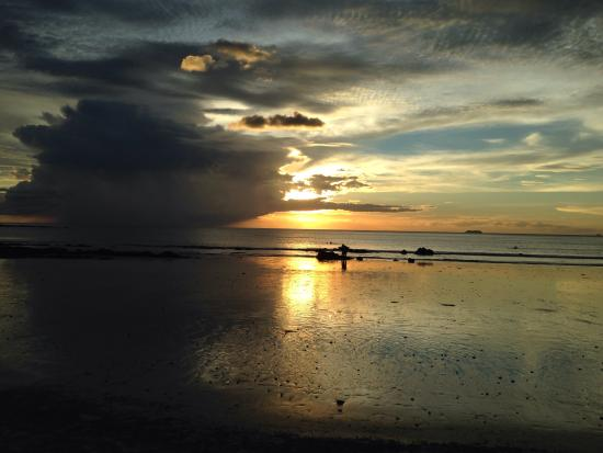 Stop in For drinks and the sunset from the beach ......Simply Awesome!!!!