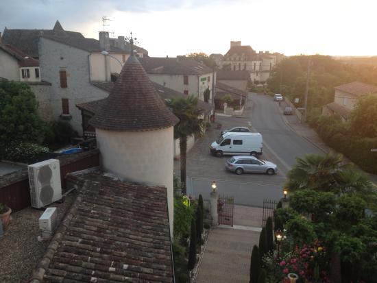 Logis Hostellerie des Ducs: ingang