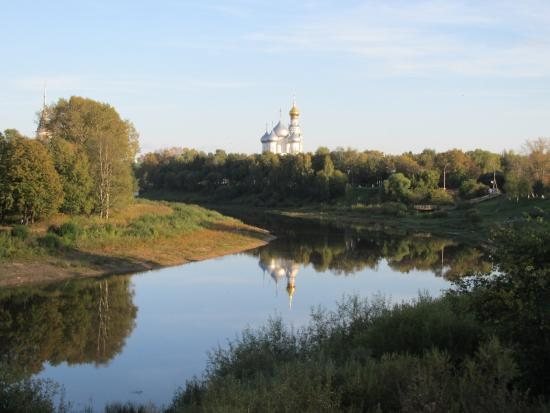 ‪Vologda Embankment‬