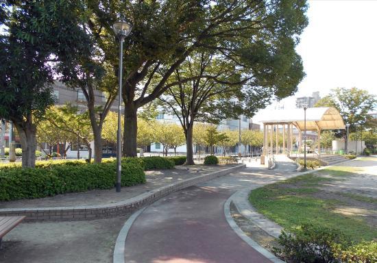 Higashimachi Park