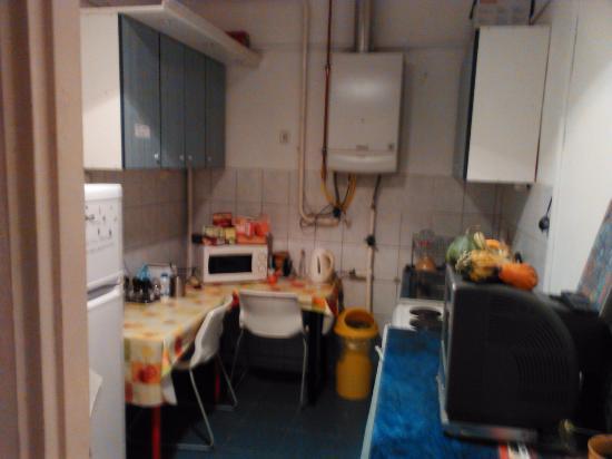 Cucina - Picture of Gaia Hostel, Budapest - TripAdvisor